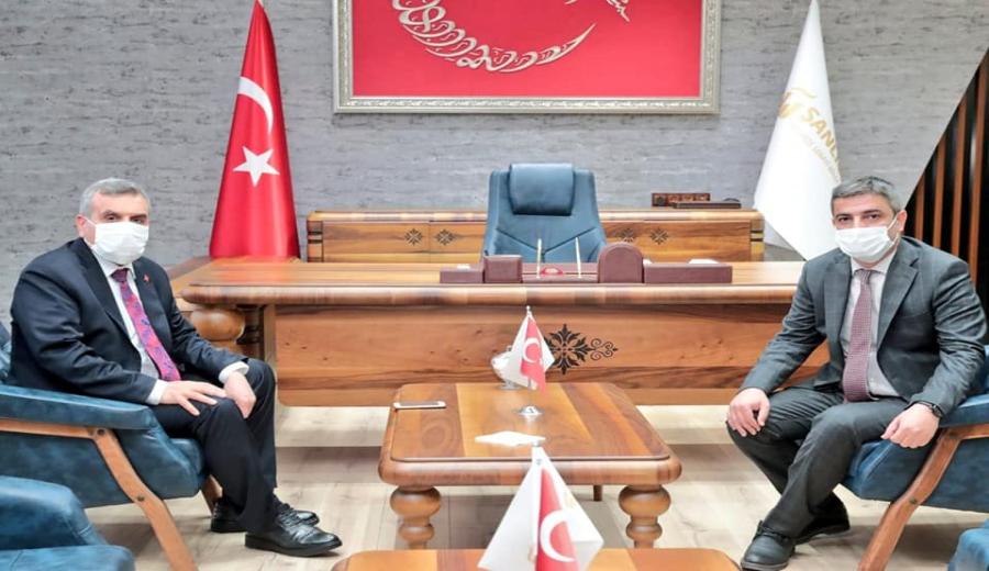B.B. Başkanı Z. Abidin Beyazgül Bölge Müdürü V. Osman Oktay