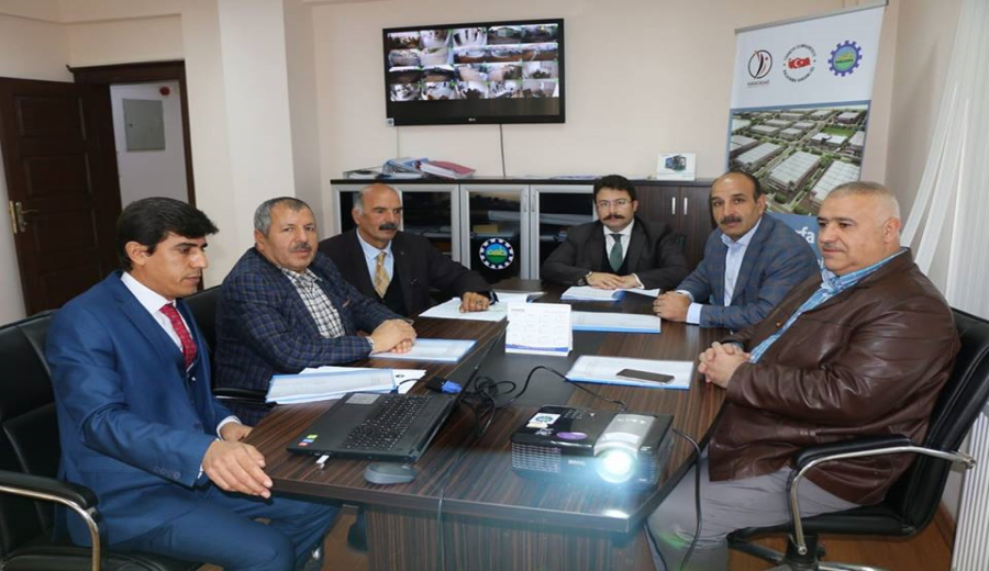 Komisyon Üyeleri Özel Mülkiyetler için bir araya geldi